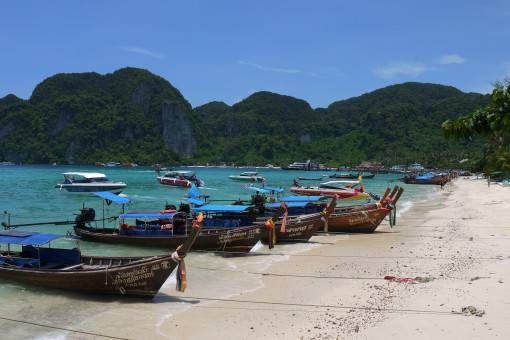 Boats on Phi Phi