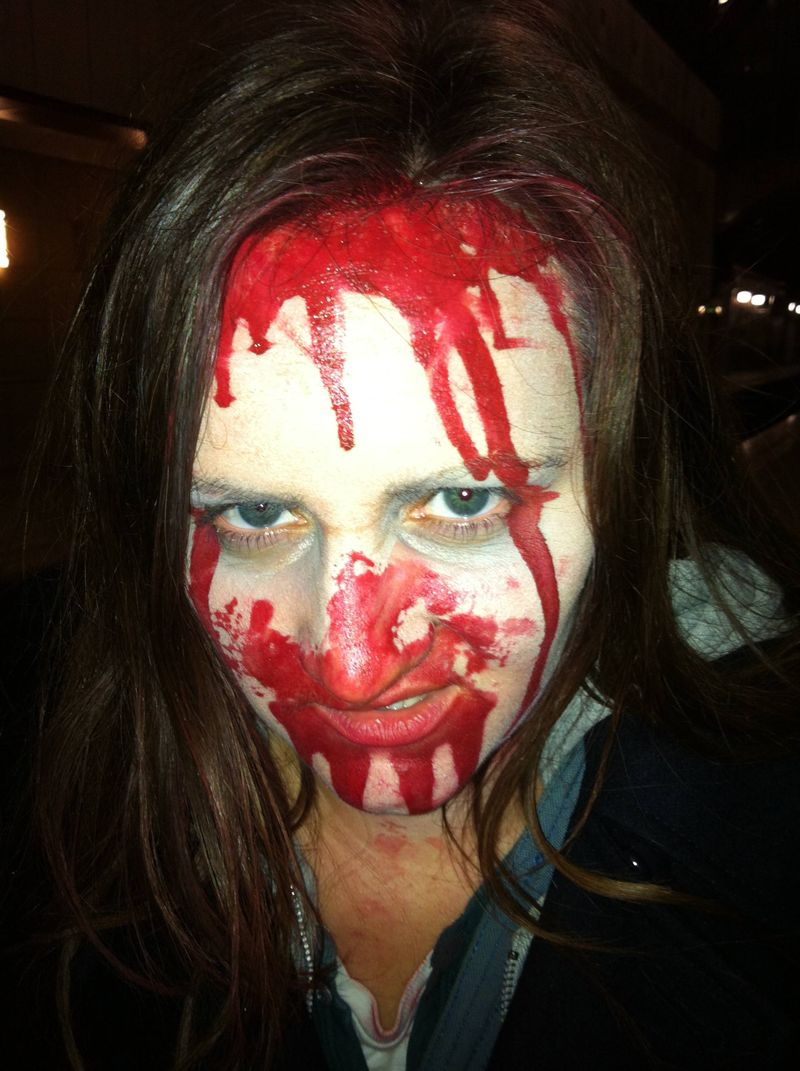 Amy as a 2.8 hours later zombie