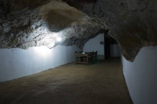 Bunker in the Vieng Xai Caves