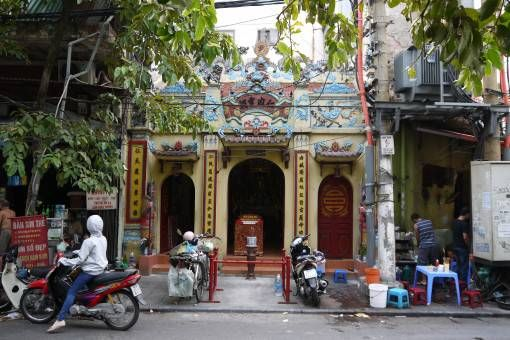 Small Buddhist temple in Hanoi's Old Quarter