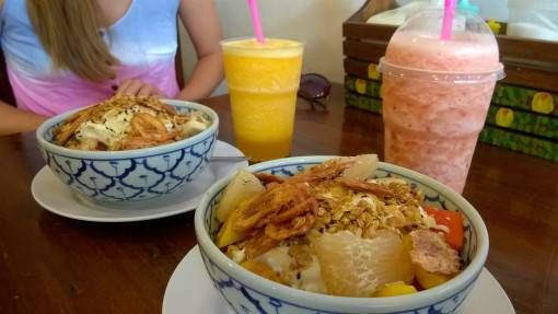 Muesli, Fruit & Yoghurt from Da's Bakery, Chiang Mai