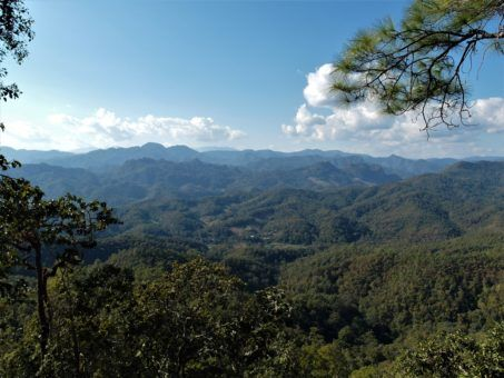 Scenery on the Mae Hong Son Loop in northern Thailand
