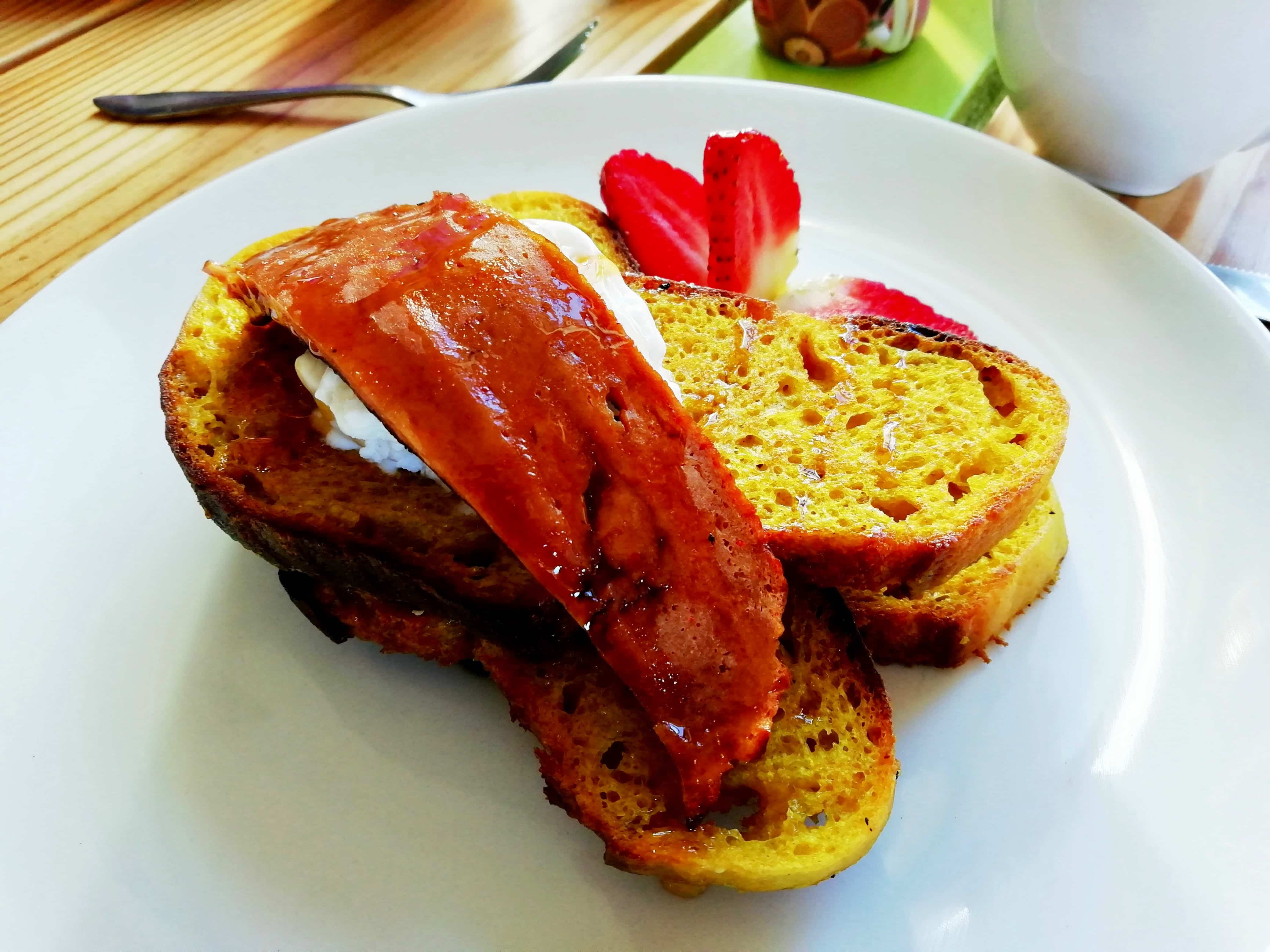 Vegan French toast at Kind Kitchen in Cape Town