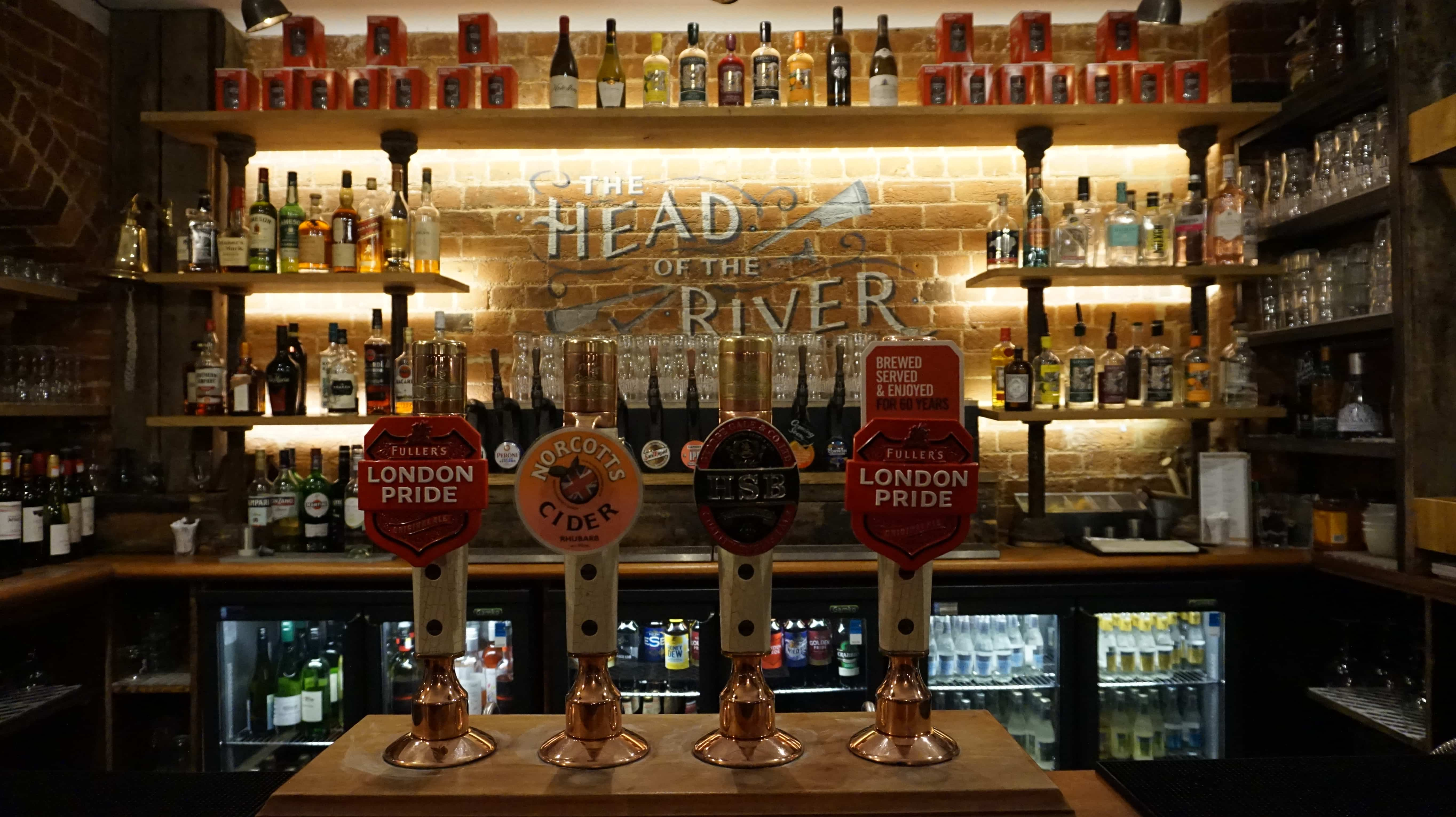 Bar at the Head of the River Oxford